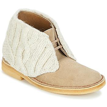 Pantofi Femei Ghete Clarks DESERT BOOT  sand / Combi
