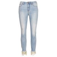 Îmbracaminte Femei Jeans  3/4 & 7/8 Armani Exchange HELBAIRI Albastru / LuminoasĂ