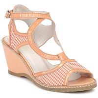 Pantofi Femei Sandale și Sandale cu talpă  joasă Mosquitos HOURA Bej