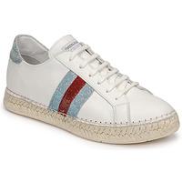 Pantofi Femei Pantofi sport Casual Pataugas MARBELLA Alb
