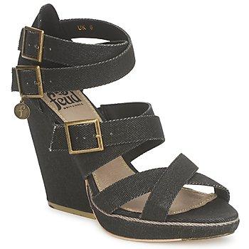 Încăltăminte Femei Sandale și Sandale cu talpă  joasă Feud WASP Negru