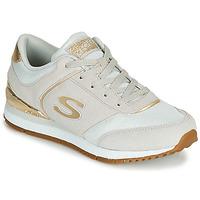 Pantofi Femei Pantofi sport Casual Skechers SUNLITE Gri / Auriu
