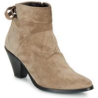 Pantofi Femei Botine Regard RAKAF V3 CRTE VEL SILKY Bej