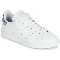 Pantofi Fete Pantofi sport Casual adidas Originals STAN SMITH J Alb / Argintiu