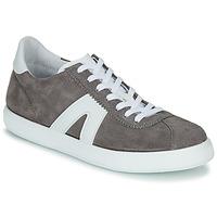 Pantofi Bărbați Pantofi sport Casual André GILOT Gri