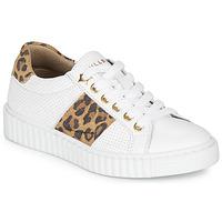 Pantofi Fete Pantofi sport Casual Bullboxer LORIS Alb / Leopard