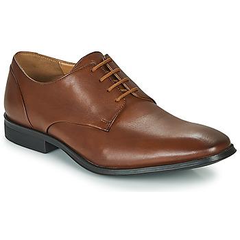 Pantofi Bărbați Pantofi Derby Clarks GILMAN PLAIN Maro