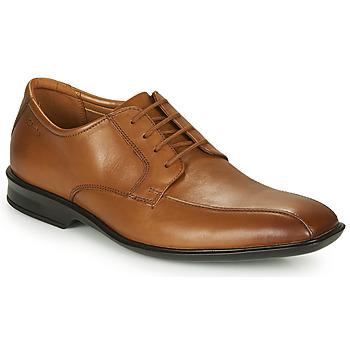 Pantofi Bărbați Pantofi Derby Clarks BENSLEY RUN Maro