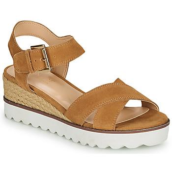 Pantofi Femei Sandale  André EMILIA Camel