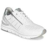 Pantofi Femei Pantofi sport Casual Marco Tozzi 2-23723 Alb