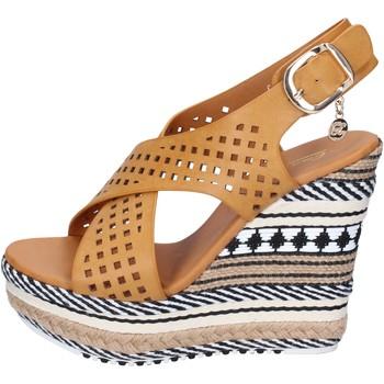 Pantofi Femei Sandale  Enrico Coveri Sandale BP392 Maro