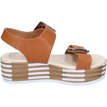 Pantofi Femei Sandale  Tredy's sandali pelle sintetica Marrone