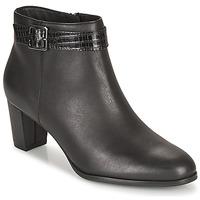 Pantofi Femei Botine Clarks KAYLIN60 BOOT Negru