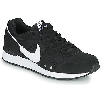 Pantofi Femei Pantofi sport Casual Nike VENTURE RUNNER Negru / Alb