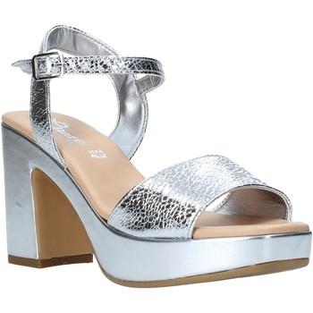 Pantofi Femei Sandale  Grace Shoes L220 Argint