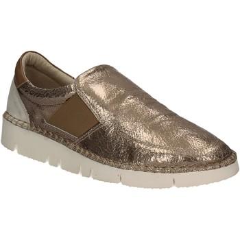 Pantofi Femei Pantofi Slip on Mally 5708 Aur