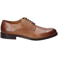 Pantofi Bărbați Pantofi Derby Marco Ferretti 112560MF Maro