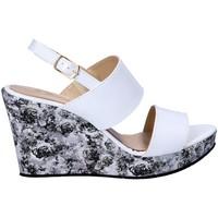 Pantofi Femei Sandale  Grace Shoes D 010 Gri
