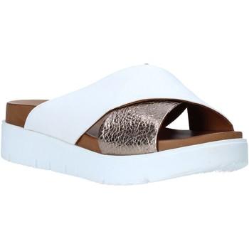 Pantofi Femei Papuci de vară Bueno Shoes N3408 Alb