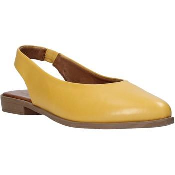 Pantofi Femei Sandale  Bueno Shoes 9N0102 Galben