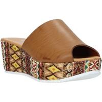 Pantofi Femei Papuci de vară Grace Shoes 10 Maro
