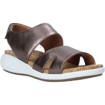 Pantofi Femei Sandale  Clarks 26140357 Maro