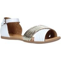 Pantofi Femei Sandale  Bueno Shoes N0734 Alb