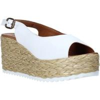 Pantofi Femei Sandale  Bueno Shoes N3603 Alb