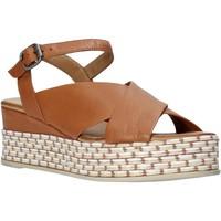 Pantofi Femei Sandale  Bueno Shoes Q5901 Maro