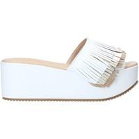 Pantofi Femei Papuci de vară Grace Shoes C21 Alb