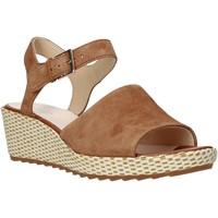 Pantofi Femei Sandale  Clarks 26142965 Maro