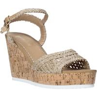 Pantofi Femei Sandale  Gold&gold A20 GJ263 Bej