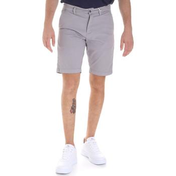 Îmbracaminte Bărbați Pantaloni scurti și Bermuda Sseinse PB605SS Gri