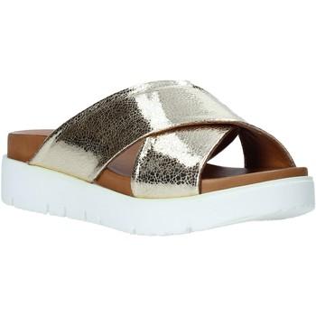 Pantofi Femei Papuci de vară Bueno Shoes 9N3408 Aur