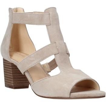 Pantofi Femei Pantofi cu toc Clarks 26141571 Bej