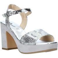 Pantofi Femei Sandale  Grace Shoes L220 Bej