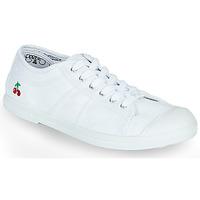 Pantofi Femei Pantofi sport Casual Le Temps des Cerises BASIC LACE Alb