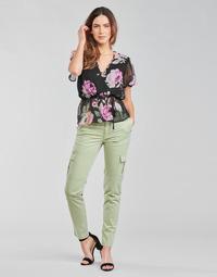 Îmbracaminte Femei Pantaloni Cargo Guess SEXY CARGO PANT Verde