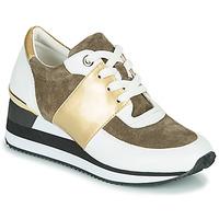 Pantofi Femei Pantofi sport Casual Karston SILMON Alb / Auriu