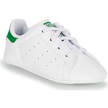 Pantofi Copii Pantofi sport Casual adidas Originals STAN SMITH CRIB SUSTAINABLE Alb / Verde
