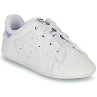 Pantofi Fete Pantofi sport Casual adidas Originals STAN SMITH CRIB SUSTAINABLE Alb / Argintiu