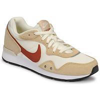 Pantofi Femei Pantofi sport Casual Nike NIKE VENTURE RUNNER Bej / Maro