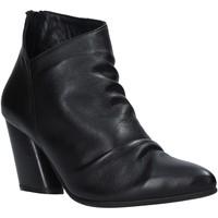 Pantofi Femei Botine Bueno Shoes 20WR1400 Negru