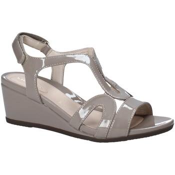Pantofi Femei Sandale  Stonefly 110241 Maro