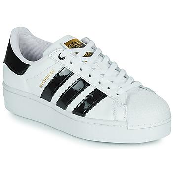 Pantofi Femei Pantofi sport Casual adidas Originals SUPERSTAR BOLD W Alb / Negru / Lac