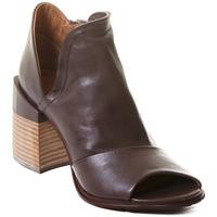 Pantofi Femei Botine Rebecca White T0504 |Rebecca White| D??msk?? kotn??kov?? boty z telec?? k??e v k??vo