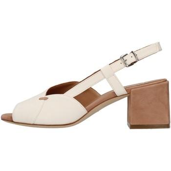 Pantofi Femei Sandale  Tres Jolie 2011/BETH WHITE