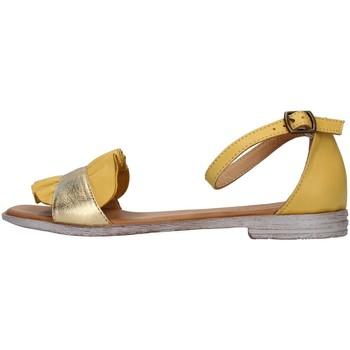 Pantofi Femei Sandale  Bueno Shoes 21WN5021 YELLOW
