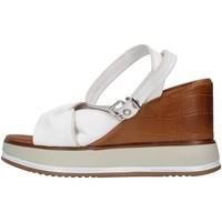 Pantofi Femei Sandale  Inuovo 766011 WHITE
