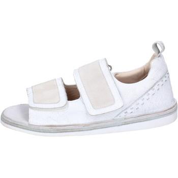 Pantofi Bărbați Sandale  Moma BH256 Alb